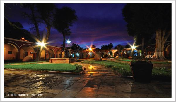 Hotel Mossone at night